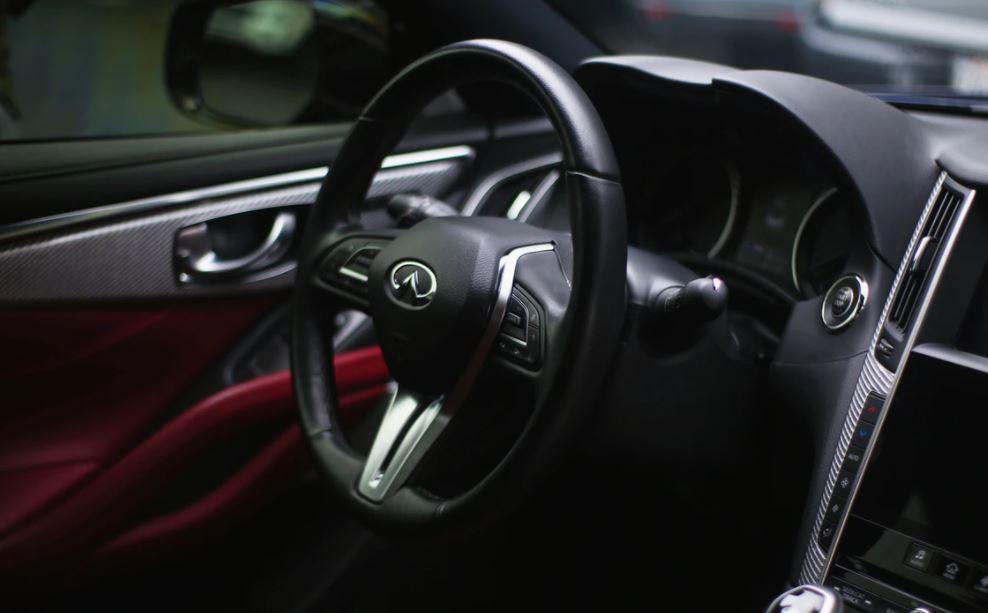 Die professionelle Autopflege - Hochwertige Reinigung des PKWs